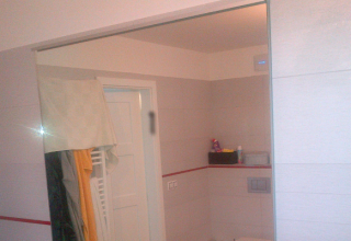 Koupelnové zrcadlo na míru